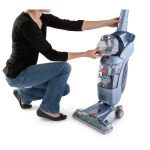 What are some highly-rated hardwood floor vacuums according to experts?