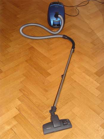 used vacuum cleaner
